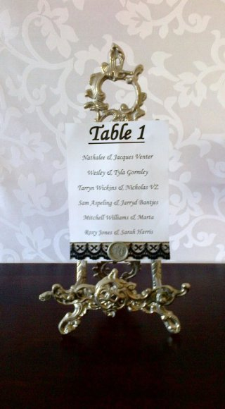 Silver Table Easle